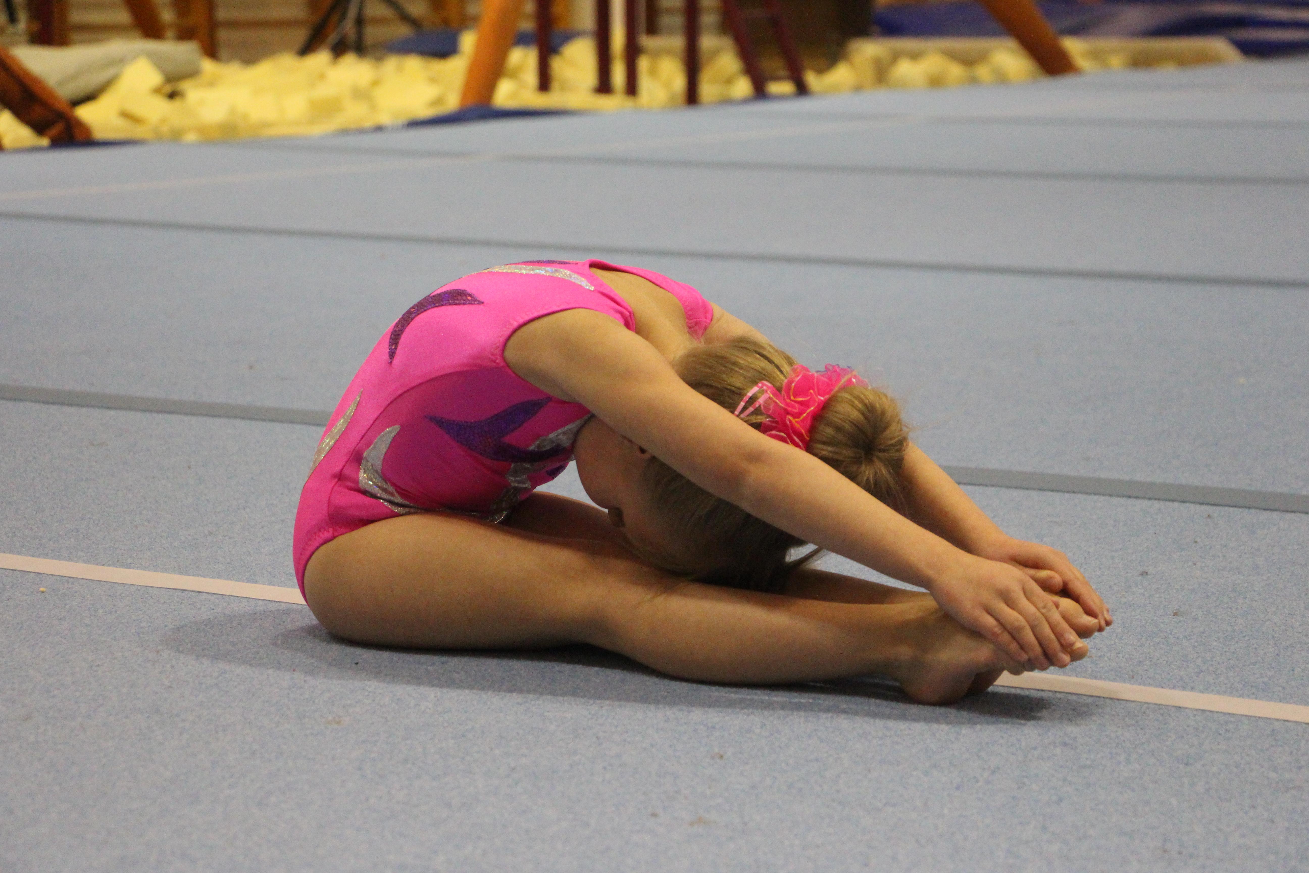 юбки спустив видео гимнастика девушки нигилист, судя твоим